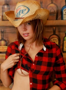 Country Girl Diddy Strips Out Of Her Cute Lil Outfit Showing Off Her Perky Tits - Picture 5