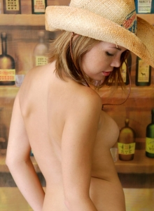 Country Girl Diddy Strips Out Of Her Cute Lil Outfit Showing Off Her Perky Tits - Picture 10