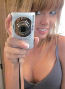 Petite Beauty Diddy Takes Selfshot Pictures In The Mirror While Teasing With Her Big Juicy Tits - Picture 4
