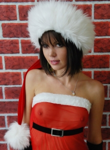 Diddy Proves Shes Been Naughty This Year As She Strips Out Of Her Sexy Christmas Outfit - Picture 1